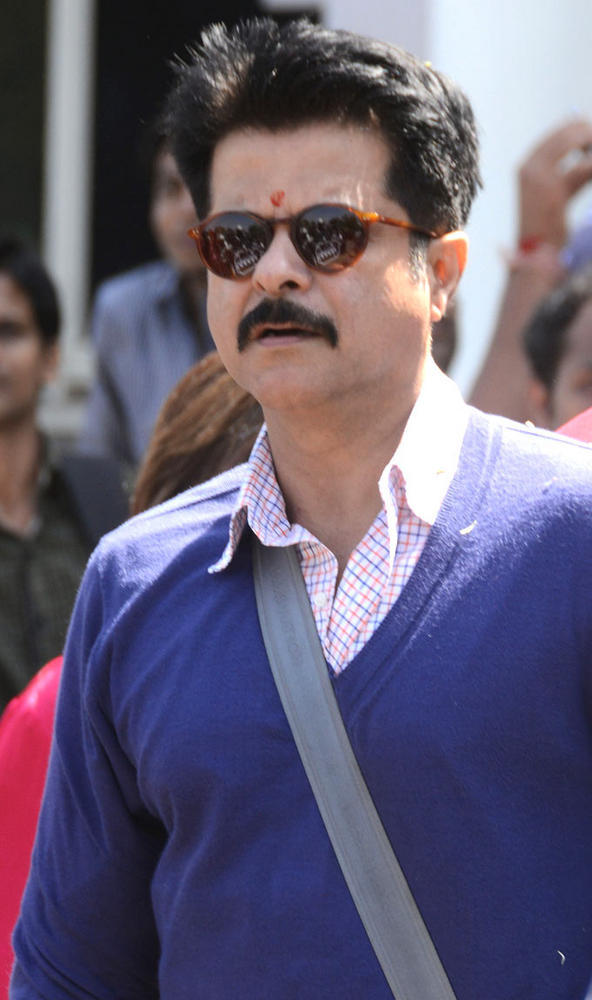 Anil At Airport To Attend Producer Kishore Lullas Daughters Wedding In Jodhpur
