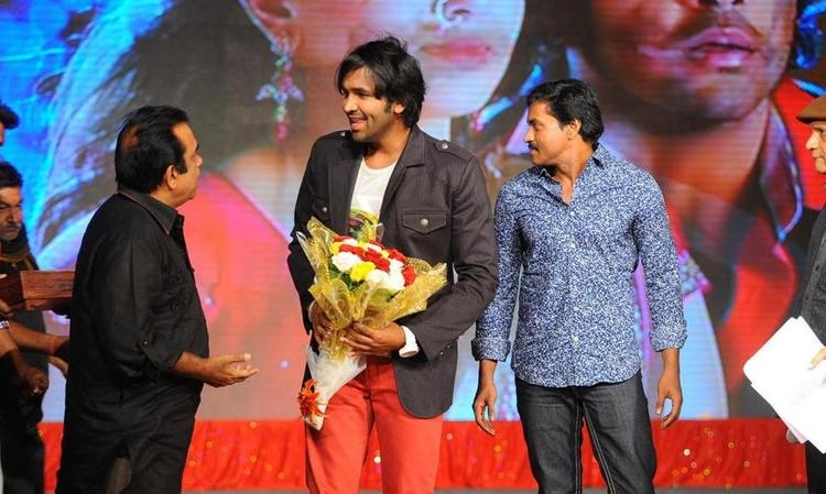 Vishnu and Brahmanandam at Denikaina Ready Audio Release