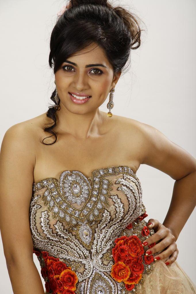 Srushti Strapless Dress Still In April Fool Movie