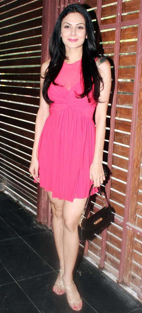 Aanchal Kumar at Shatranj Napoli and Polpo Cafe and Bar Launch Event