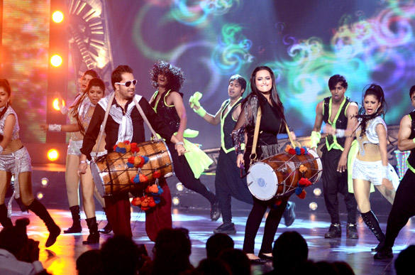 Milka and Sonakshi's Dance Performance in 3rd Chevrolet Star GIMA 2012