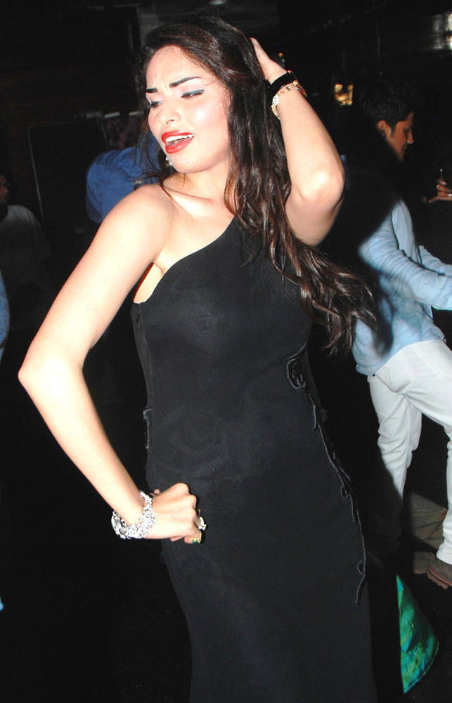 Shalika Sharma Sexy Dance Still On Her Birthday Party