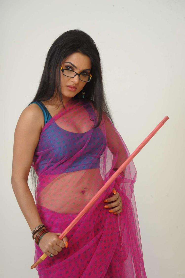 Glamour Girl Kavya Sexy Look In Sorry Teacher Movie