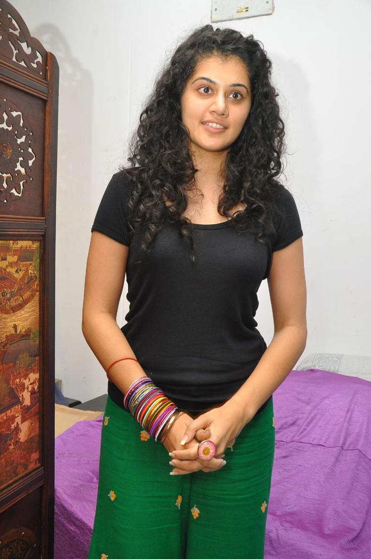 Sizzling Babe Taapsee Cute Still at Gundello Godari Press Meet