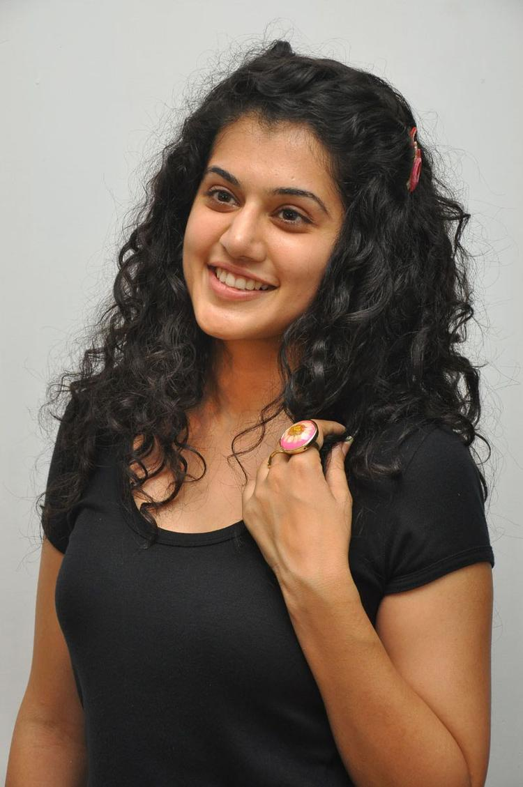 Smiling Beauty Taapsee Cute Still