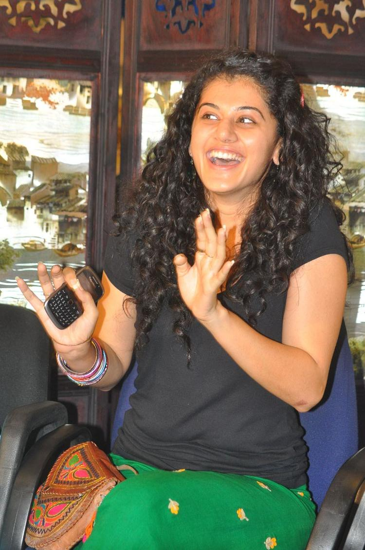 Taapsee Pannu Open Smile Pic During Gundello Godari Press Meet