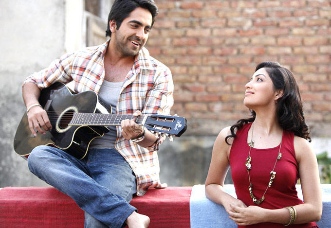 Ayushmann And Yami Song Still From Vicky Donor