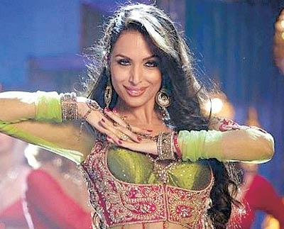 Malaika Arora Khan Aanarkali Dance From Housefull 2
