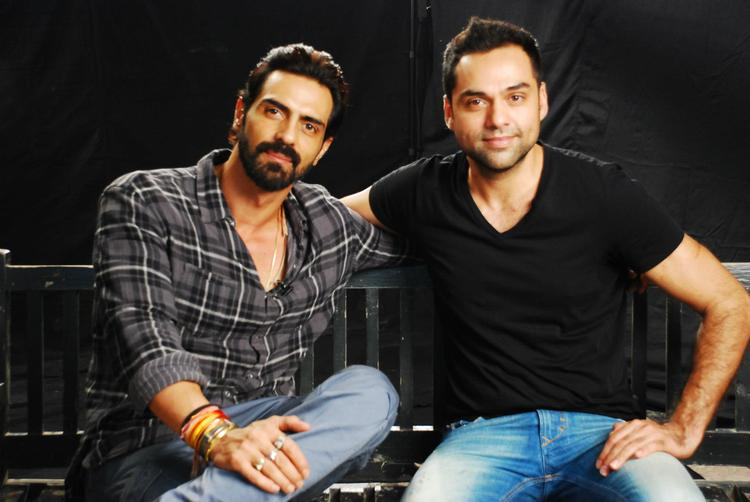 Arjun and Abhay Pose For Camera at Mehboob Studio
