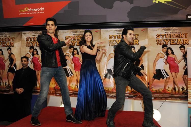Siddharth,Alia And Varun Perform A Dance In A Stage At London