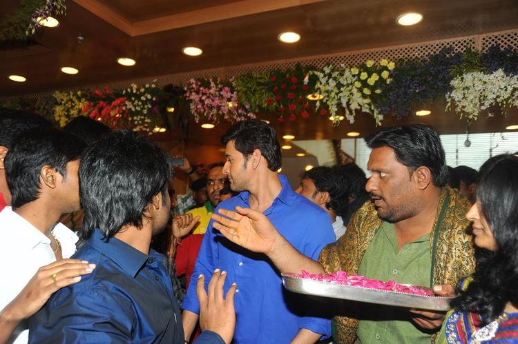 Mahesh Babu During The Launch Of  Southindia Shopping Mall