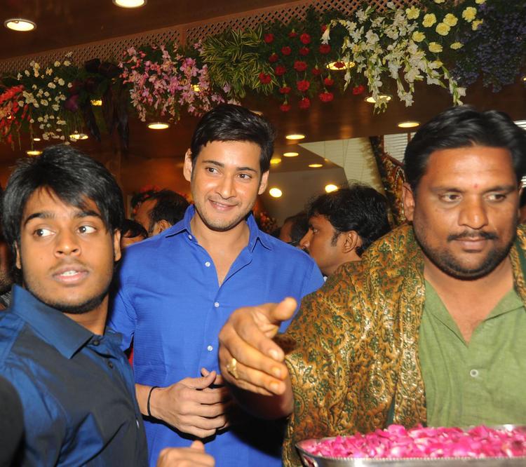 Mahesh Babu At Southindia Shopping Mall Launch
