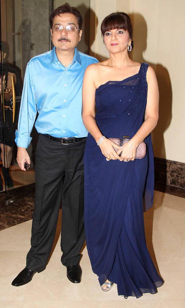 Shyam And Neeta Attends The 25th Anniversary Bash Of Shashi And Anu Ranjan