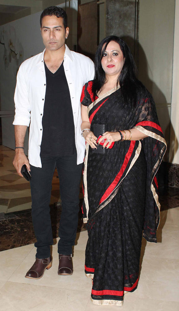 Sudanshu And Wife Clicked At 25th Anniversary Bash Of Shashi And Anu Ranjan