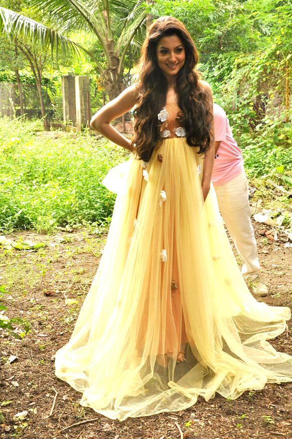 Gauhar Khan Glamour Look Photo Shoot