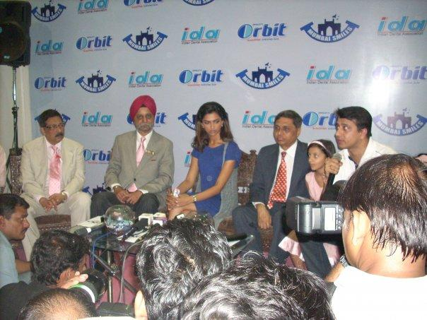 Deepika The Center Of Attraction At The Press Conference of World Dental Show
