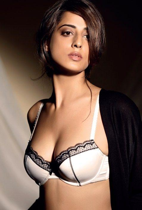 Mahie Gill Hot Photo Shoot For Maxim India Magazine