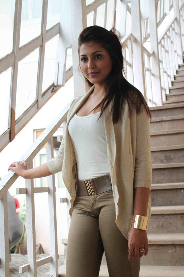 Madhu Shalini Nice Pose at Bhoot Returns Movie Promotional Event
