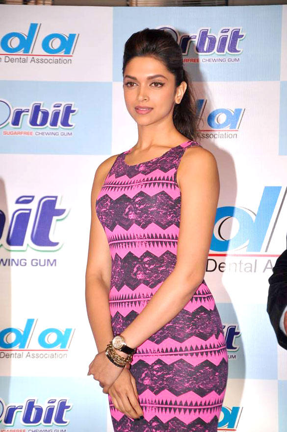 Deepika in Sleeveless Topshop at IDA-Orbit 2012 Press Meet