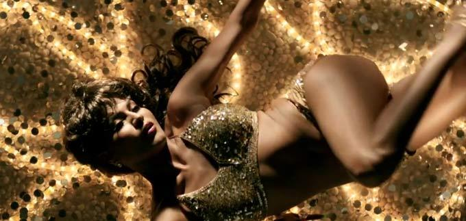 Veena Malik Drop Dead At Raunchy Best In Music Video