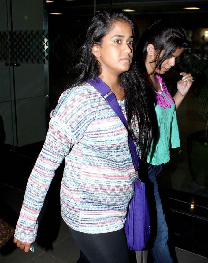 Arpita Khan Spotted At Airport