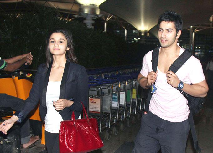 Varun Dhawan And Alia Bhatt Snapped At The Airport