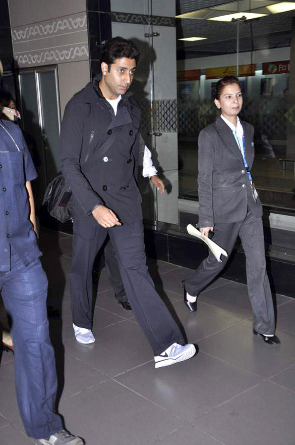 Abhishek Bachchan Stylish Look At Mumbai International Airport