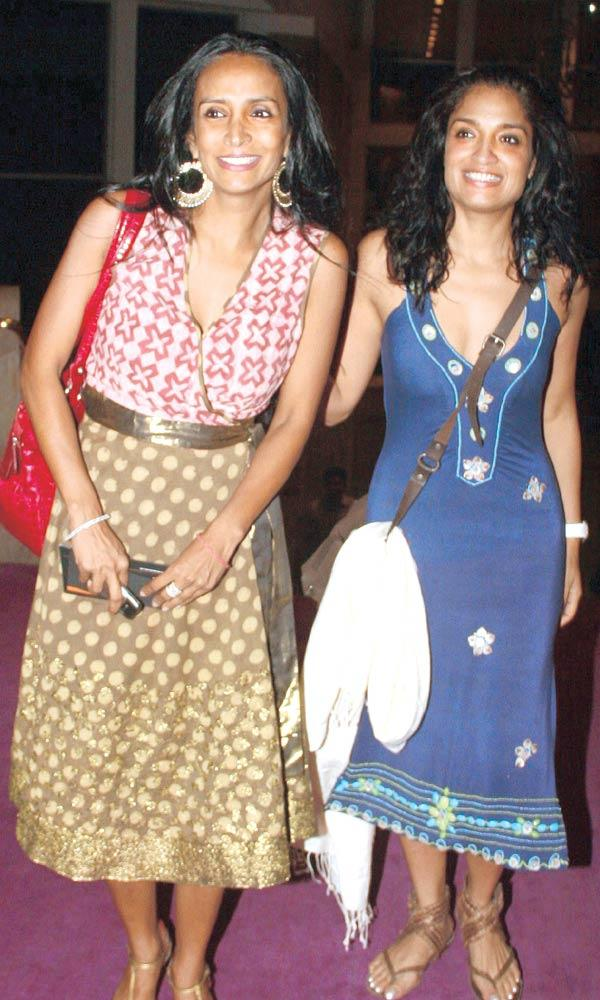 Suchitra Pillai And Sandhya Mridul Spotted At SoBo Theatre Venue