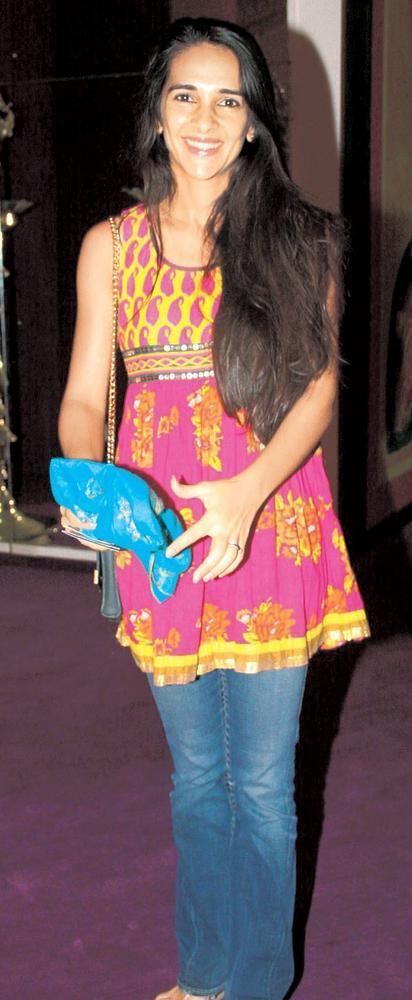 Tara Sharma At SoBo Theatre Venue