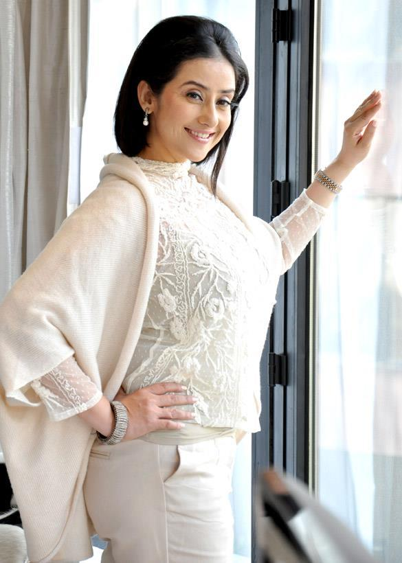 Manisha Koirala Smiling Pose At Promotional Event Of Bhoot Returns