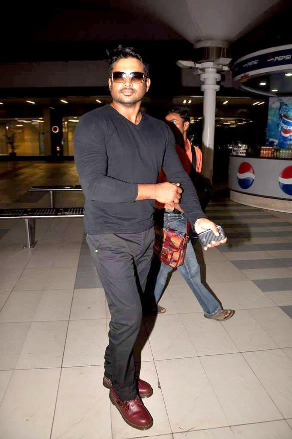 R. Madhavan Snapped At Aiport
