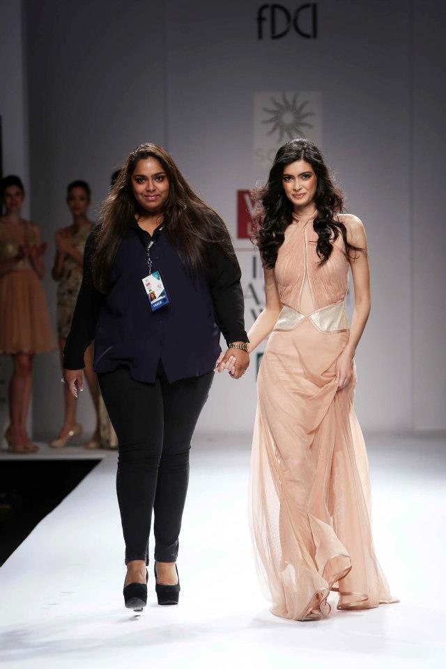 Diana Penty And Sakshee Pradhan On A Ramp