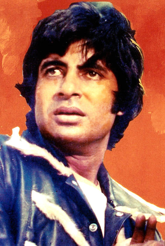 Amitabh Bachchan Surprised Still From Coolie