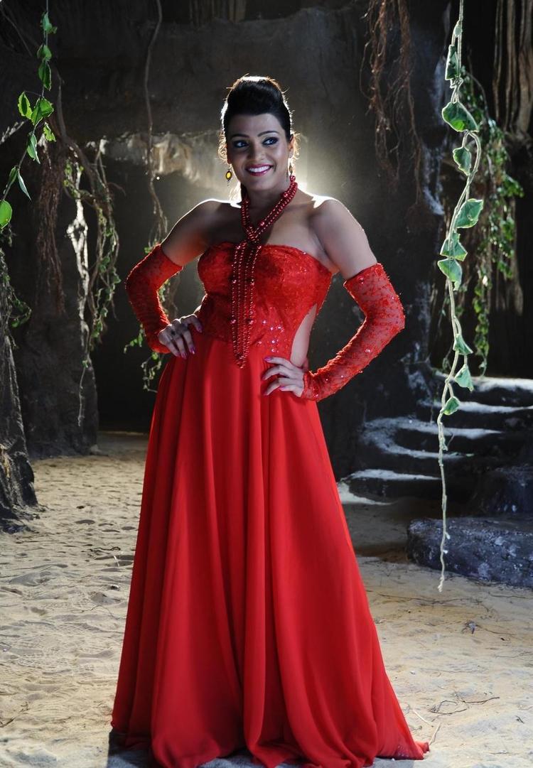 Tashu Kaushik Glamour Look Still