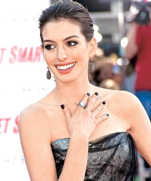 Anne Hathaway Cute Smiling Still