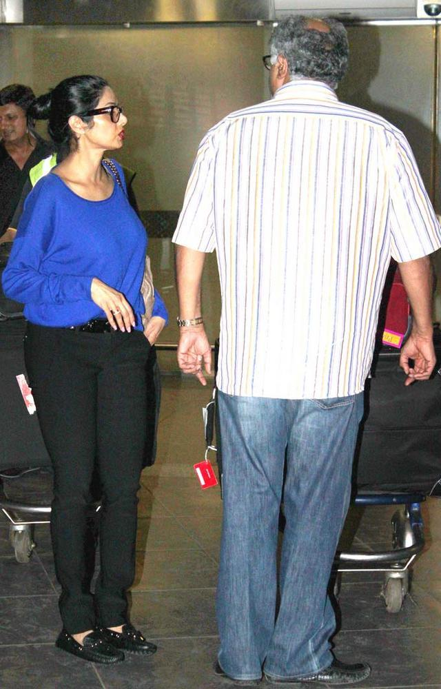 Sridevi And Hubby Boney Spotted At Airport