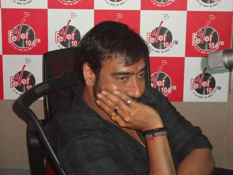 Ajay Devgan Promoting His Upcoming Movie Son of Sardar At Red FM