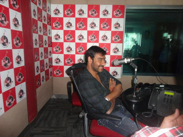 Ajay Devgan At Red FM Studio For Son Of Sardar
