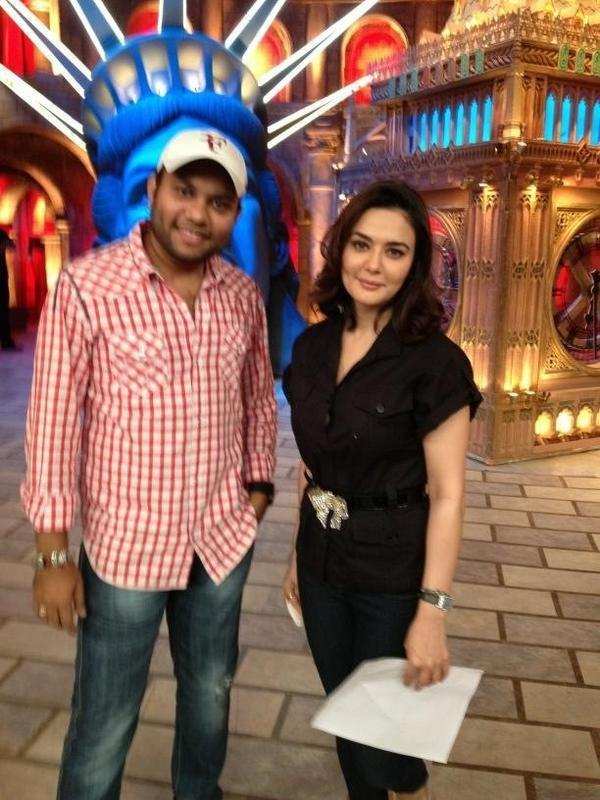 Preity Zinta With Nikul Spotted At On The Sets Of Comedy Circus