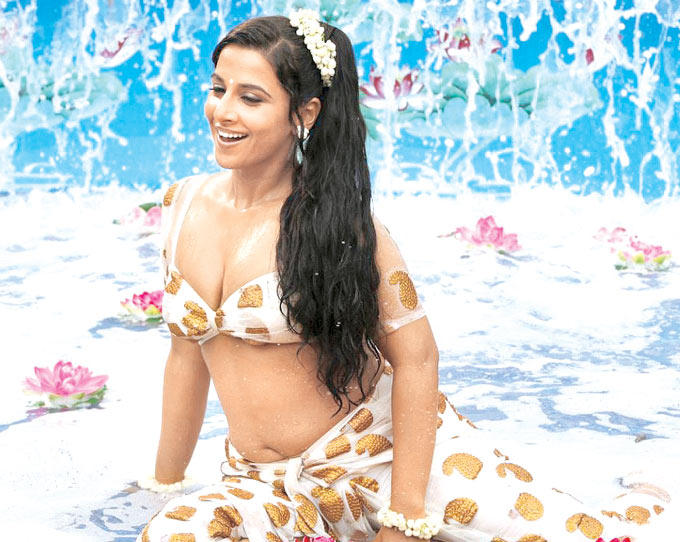 Vidya Balan Sexy Still From Dirty Picture Movie