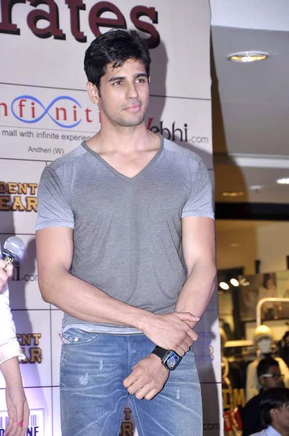 Siddharth Malhotra At Launched Movie Merchandise