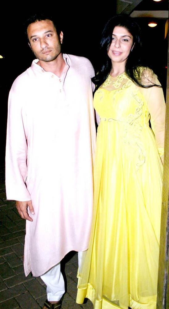 Homi With Wife Anaita At Saifeena Sangeet Ceremony