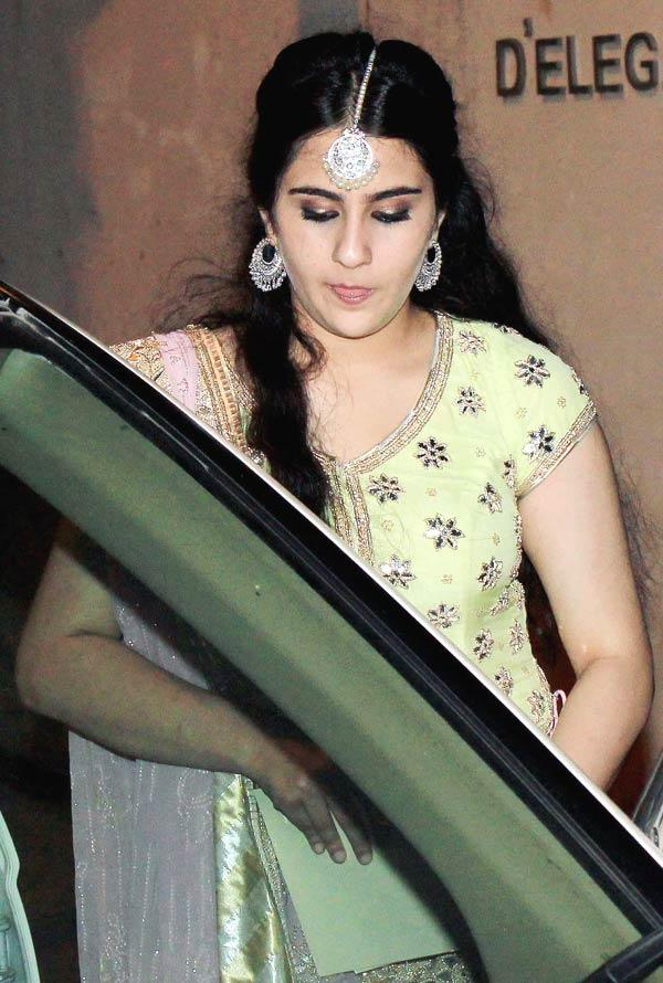 Saif Ali Khan Daughter Sara At Her Father Sangeet Ceremony
