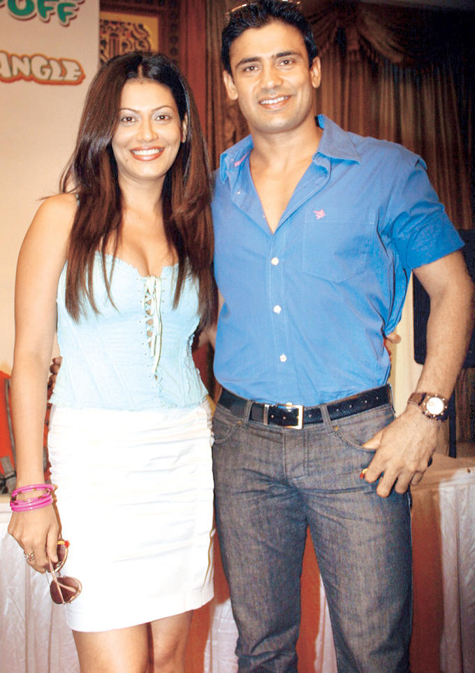 Payal And Sangram Singh Pose For The Shutterbugs