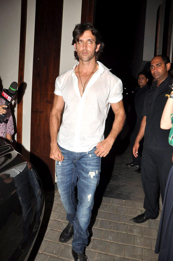 Hrithik Flash A Pose At The Birthday Bash Of Zoya Akhtar
