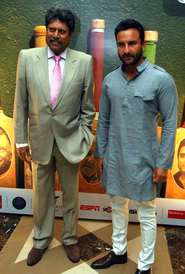 Kapil With Saif During The Press Conference Of World Series Hockey