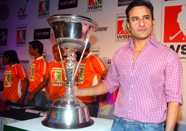 Saif Clicked A Pose With Trophy At The World Series Hockey Press Conference