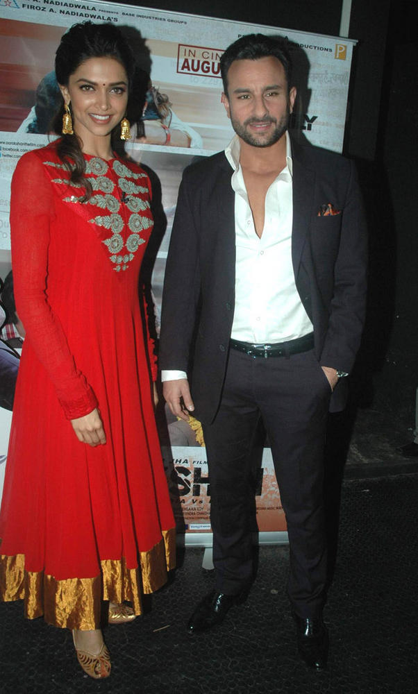 Saif And Deepika Nice Pic