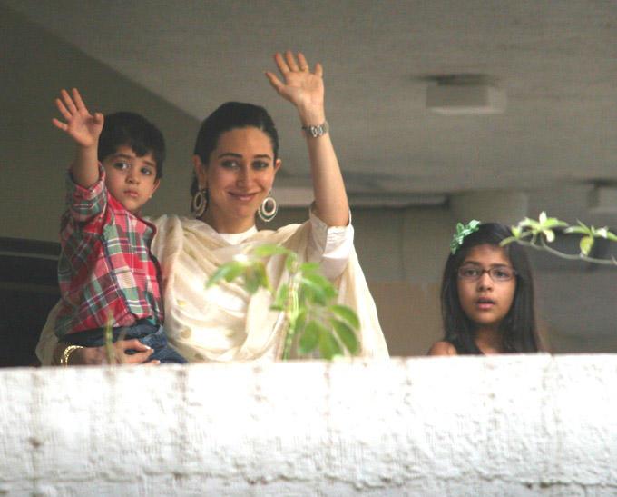 Karisma Kapoor With Son Kiaan Raj Kapoor And Daughter Samaira At After Marriage Of Saifeena