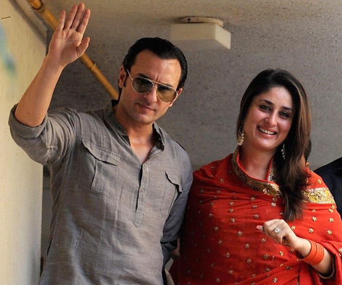 Saif And Kareena Smiling Still